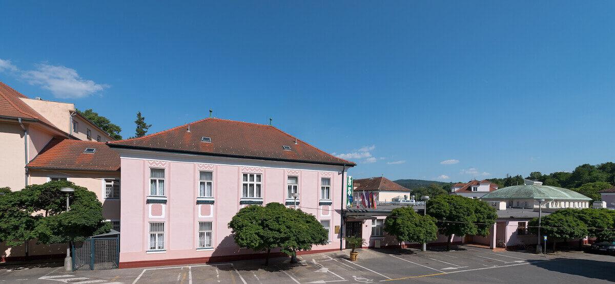 Kuurreizen naar het Slowaakse Pro Patria Health Spa Resort in Piestany voor spier- en gewrichtsklachten