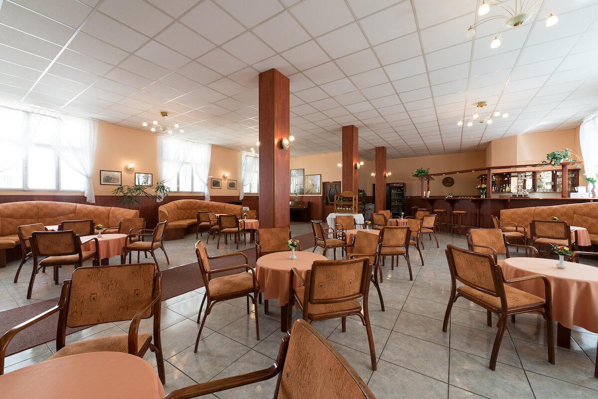 Café in Pro Patria Health Spa Resort