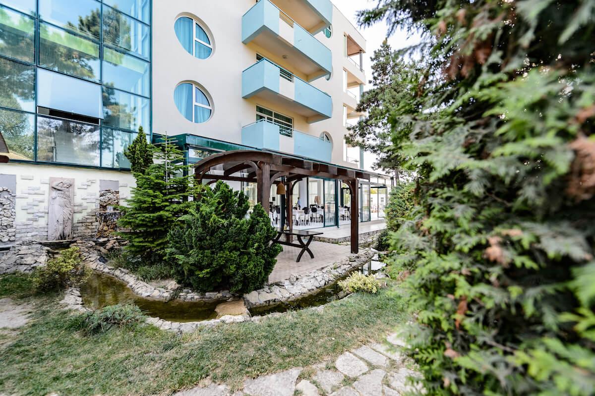 tuin Mirage MedSpa Resort