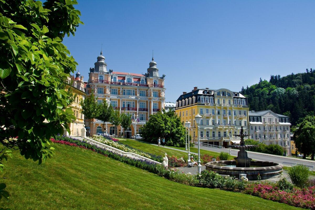 Gezondheidsvakanties naar het Tsjechische kuuroord Marianske Lazne (Mariënbad) met verblijf en kuur in Hvezda Health Spa Resort