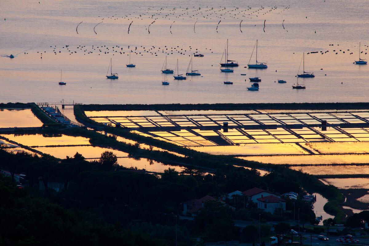 Zoutpannen aan de Sloveense kust nabij Grand LifeClass Terme Portoroz
