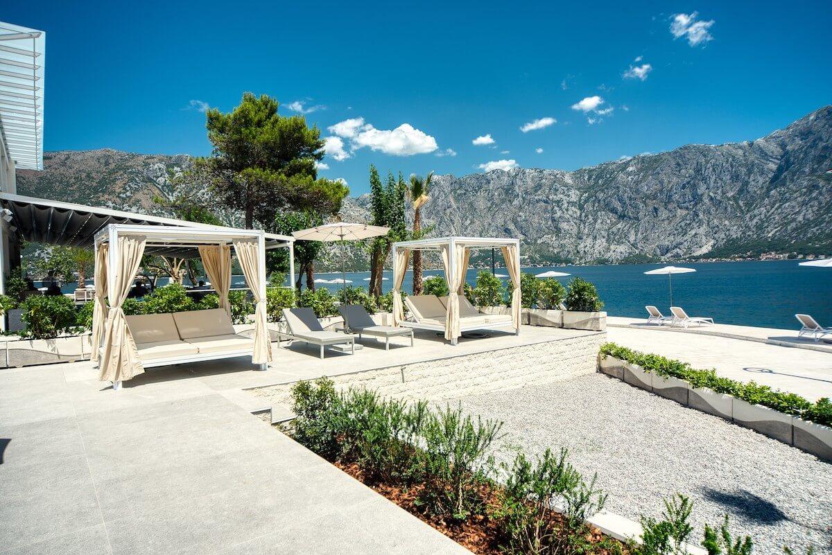 Gezondheidsvakanties aan de mediterrane baai van Kotor in het Montenegrijnse 5* spa resort Blue Kotor Bay.