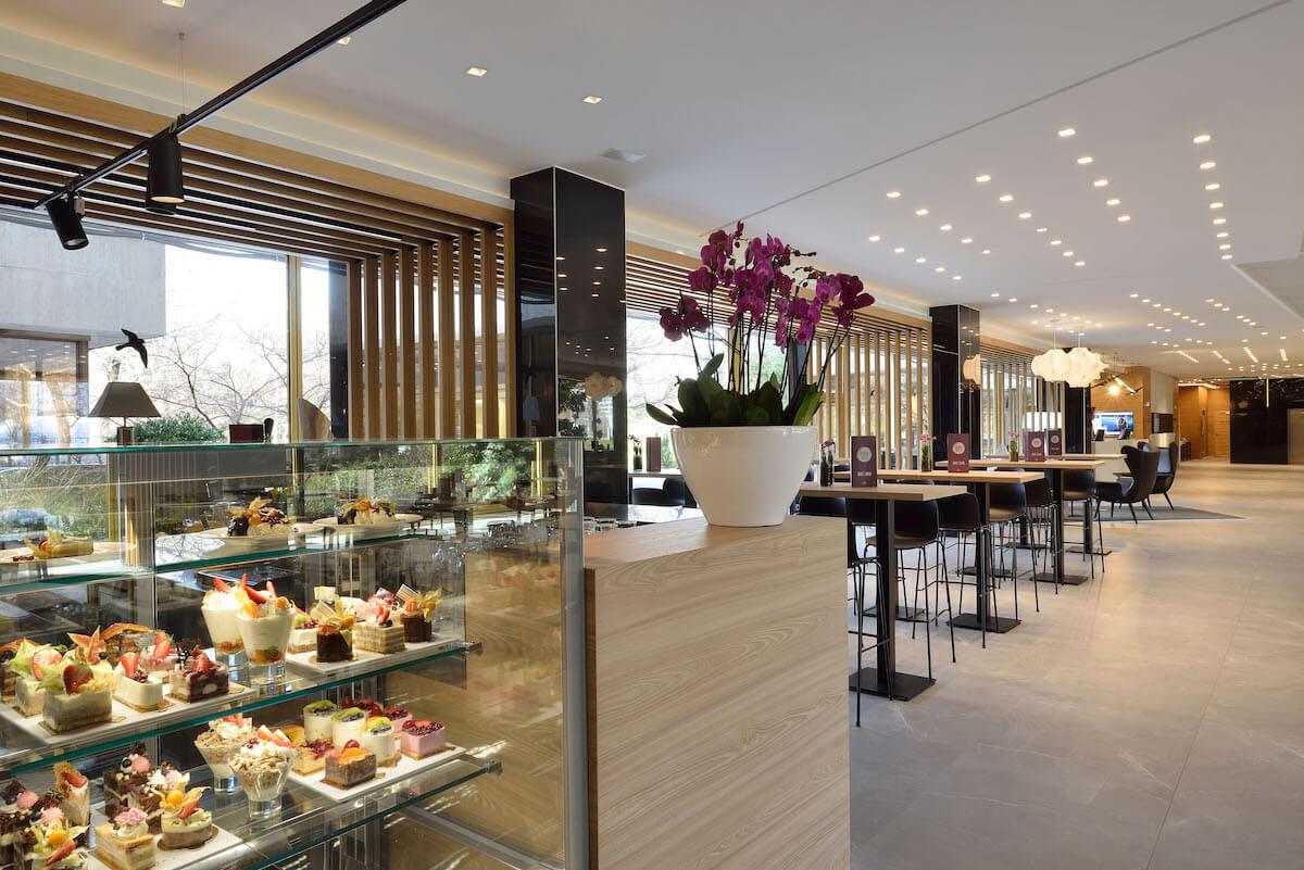 Lobby in hotel Thermal van Margitsziget Health Spa Resort in Boedapest.