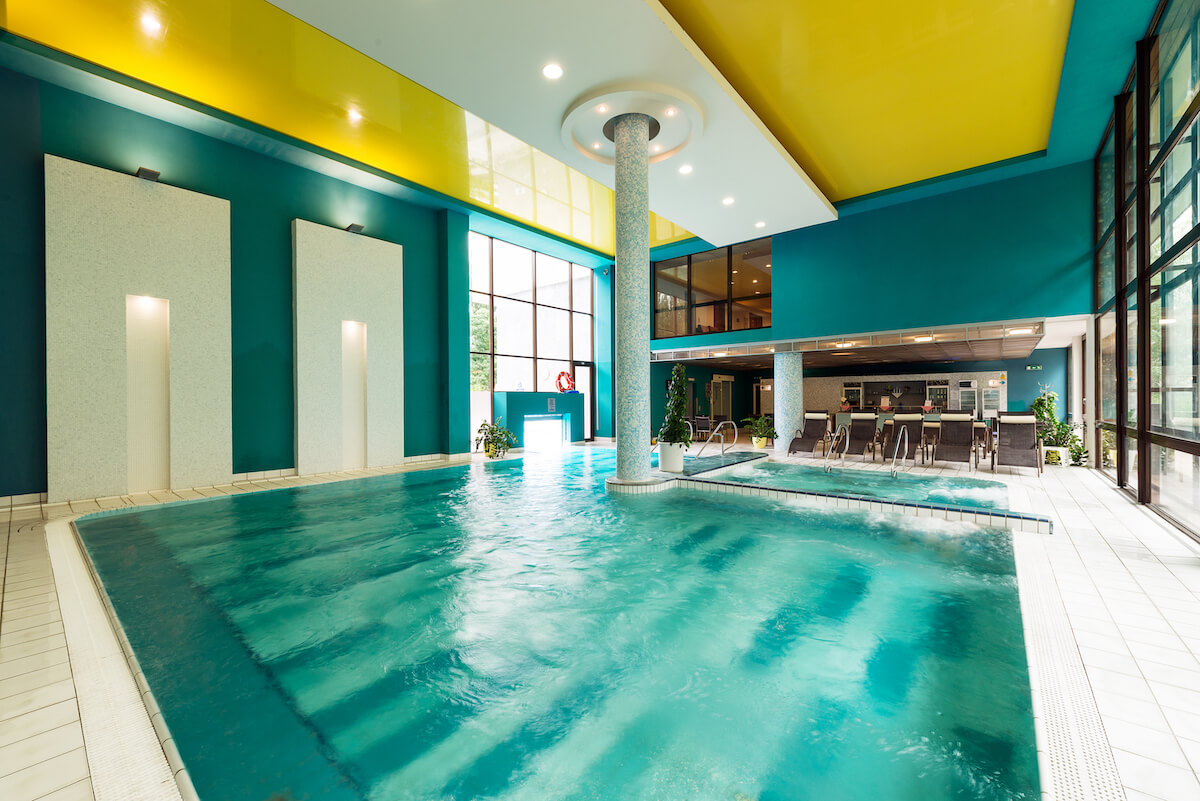 Binnenbad van Esplanade Health Spa Resort in het Slowaakse kuuroord Piestany