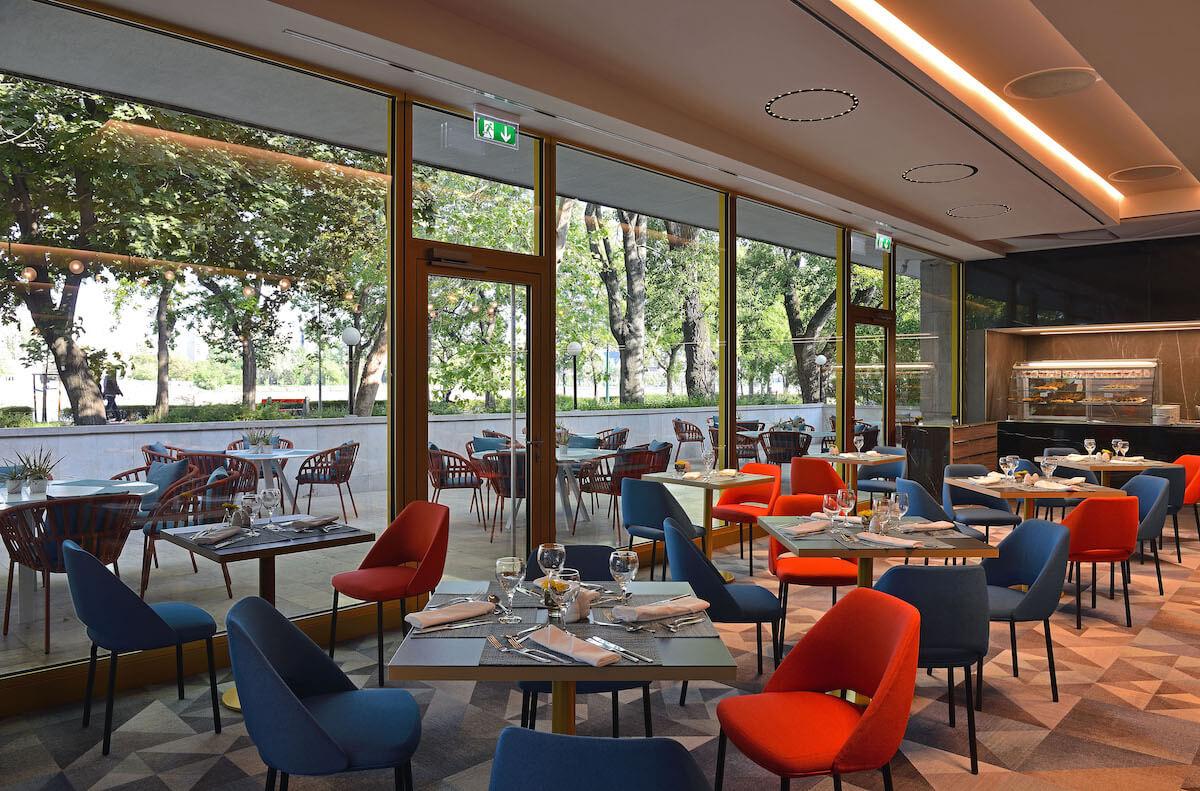 Platán buffetrestaurant Margitsziget Health Spa Resort in Boedapest.