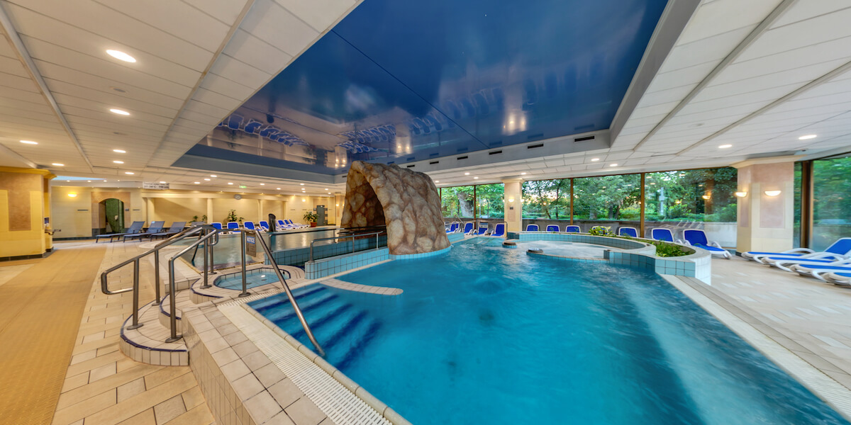 Thermaalbad in kuuroord Margitsziget Health Spa Resort in Boedapest