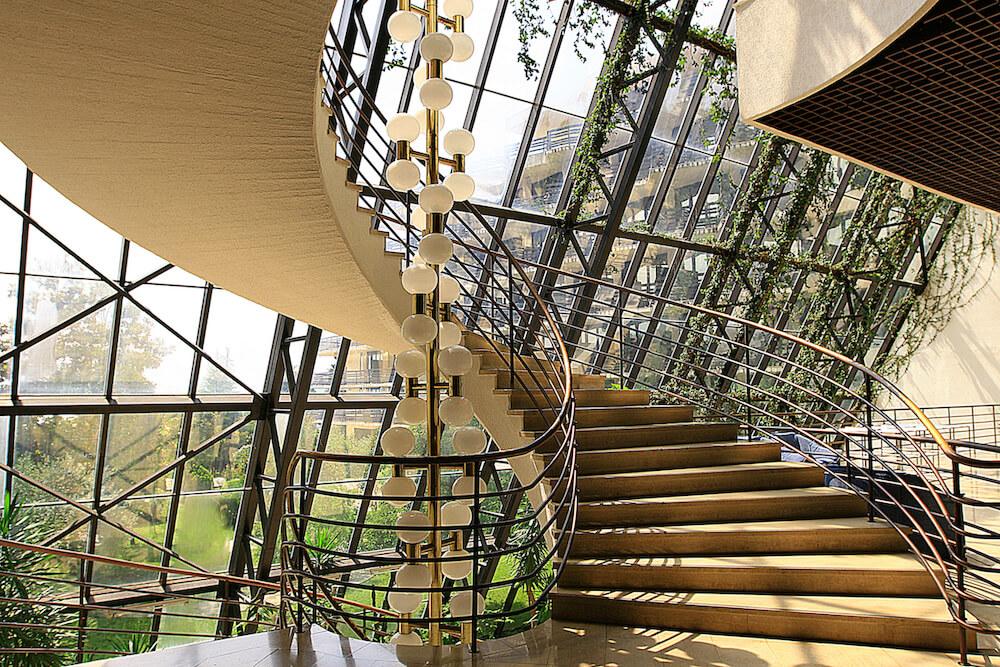 Marmeren trappen in Igalo Health Spa Resort
