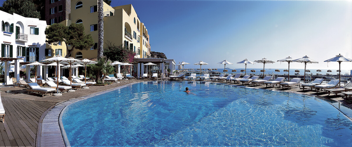 buitenzwembad Regina Isabella Spa Resort