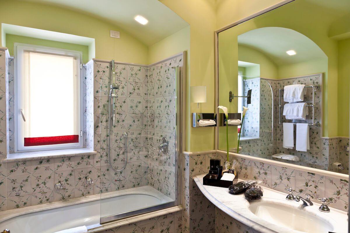 badkamer 2-persoonskamer in Regina Isabella Spa Resort